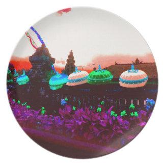 Bali Umbrella Splash Plate