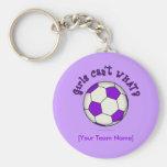 Ballon de football dans le pourpre porte-clefs
