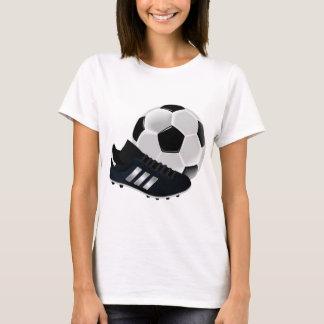 Ballon de football et chaussure t-shirt