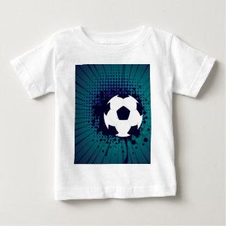 Ballon de football sur l'arrière - plan 2 de t-shirt pour bébé