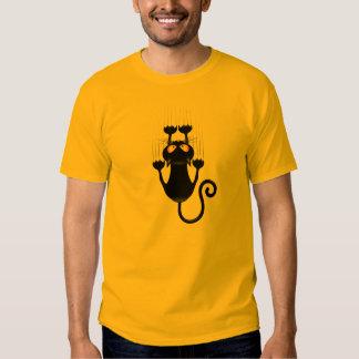 Bande dessinée drôle de chat noir rayant le t-shirts