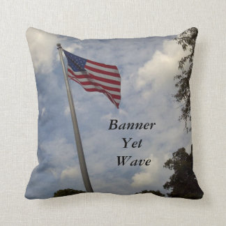 BANNER YET WAVE AMERICAN FLAG THROW PILLOW