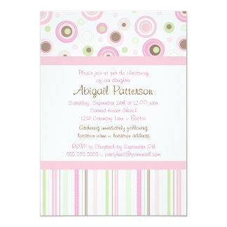 Baptême doux rose de point de polka de fille de carton d'invitation  12,7 cm x 17,78 cm