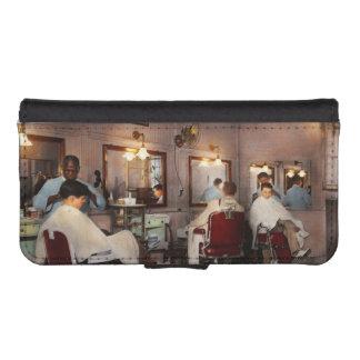 Barber - Senators-only barbershop 1937 iPhone SE/5/5s Wallet Case