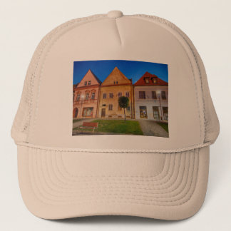 Bardejov central place trucker hat