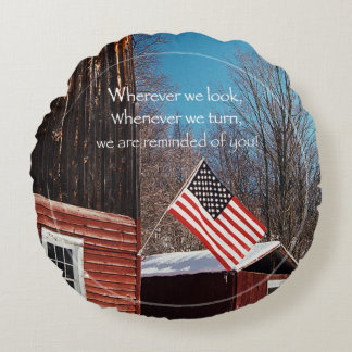 Barn Flag Patriotic Reminders All Around Round Pillow