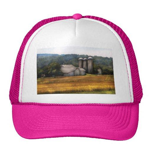 Barn - Home on the range Trucker Hat