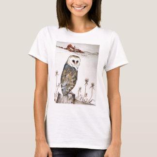 Barn Owl on the hunt T-Shirt