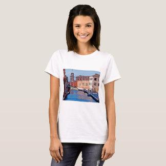 Basic t-shirt featuring the Venetian Arsenal