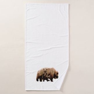 bath towel w/ grizzly bear  and cubs