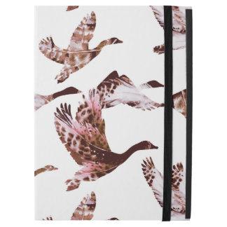 """Batik Dusty Rose Geese in Flight Waterfowl Animals iPad Pro 12.9"""" Case"""