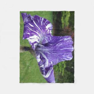 Batique iris fleece blanket