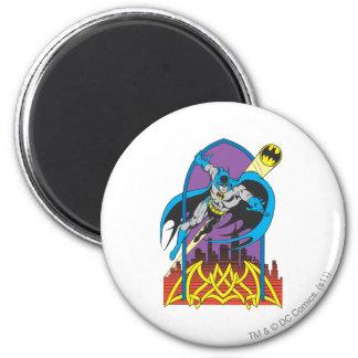Batman vole par la nuit magnet rond 8 cm
