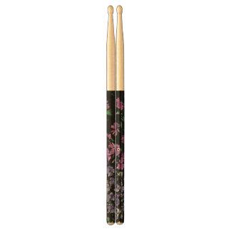 Bâtons floraux foncés de tambour baguettes de tambour