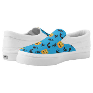Bats Cats Witches Jack o Lanterns Slip-On Sneakers