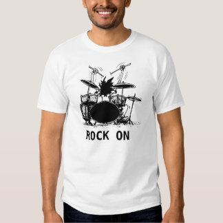 Batteur, ROCHE DESSUS T-shirts