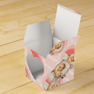 BB BABY NEW BORN Heart 2x2 Favor Box