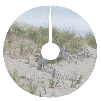Beach fence in the sand dunes brushed polyester tree skirt