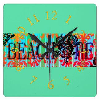 Beach-Me*-Bohemian-Retro-Green(c)Multi-Choices Clock