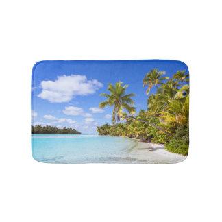 Beach Of Tapuaetai   Aitutaki, Cook Islands Bath Mat