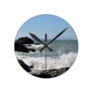 BEACH QUEENSLAND AUSTRALIA ROUND CLOCK