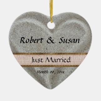Beach Sand Heart Shaped Wedding Favor Ceramic Heart Ornament