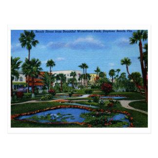 Beach St., Daytona Beach, FL Vintage Postcard