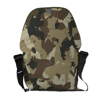 Beagle camouflage courier bag