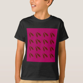Beans on pink T-Shirt