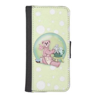BEAR BATH LOVE iPhone 5/5s Wallet Case
