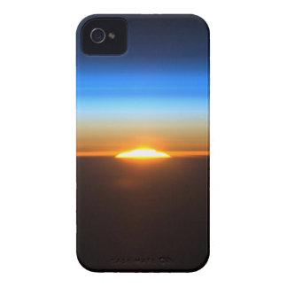 Beau lever de soleil dans l'espace coques iPhone 4