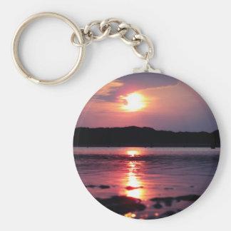 Beau lever de soleil de plage porte-clé