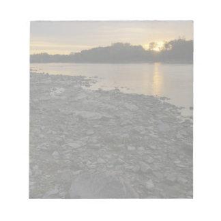 Beau lever de soleil de rivière bloc-notes