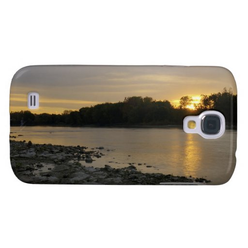 Beau lever de soleil de rivière