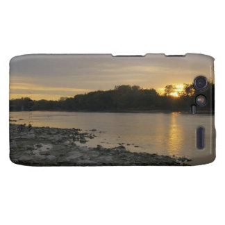 Beau lever de soleil de rivière coques droid RAZR
