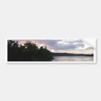 Beau lever de soleil le long de la rivière Ohio Autocollant De Voiture