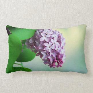 Beau lilas coussin décoratif
