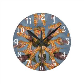 Beautiful amazing Funny African Giraffe pattern de Round Clock