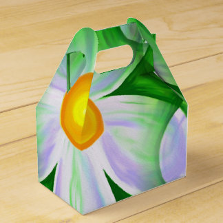 Beautiful Bold Daisies Favor Box
