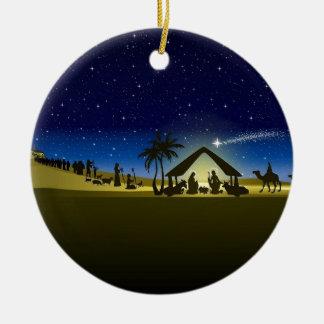 beautiful Christmas nativity image print Round Ceramic Ornament