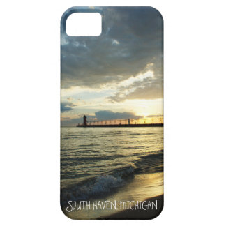 Beautiful Cloudy Sunset Over Lake Michigan Case For The iPhone 5
