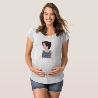Beautiful delicate e maternity T-Shirt