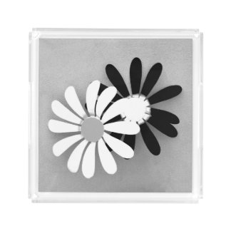 Beautiful Flower Decoration Black and White Serving Tray