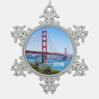 Beautiful Golden Gate Bridge Snowflake Pewter Christmas Ornament