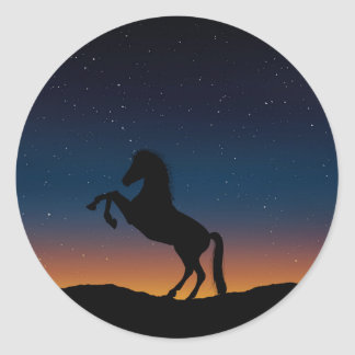 BEAUTIFUL HORSE STALLION CLASSIC ROUND STICKER