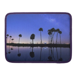 Beautiful island and trees Rickshaw Macbook Sleeve