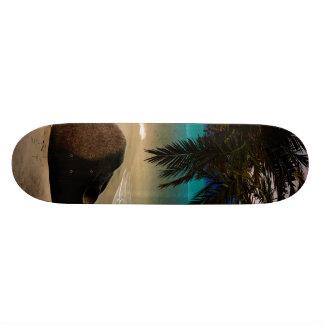 Beautiful island custom skate board