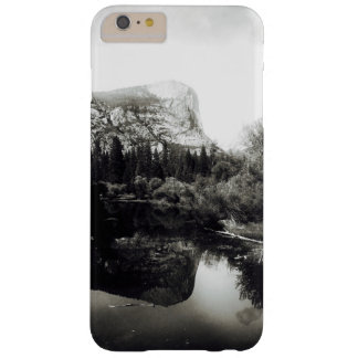Beautiful Mirror Lake Yosemite | Black and White Barely There iPhone 6 Plus Case