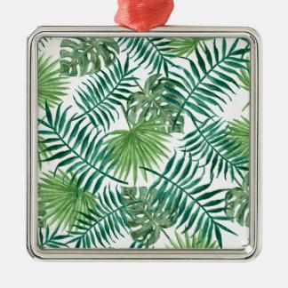 beautiful pattern fashion style rich looks  green metal ornament