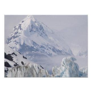 Beautiful photo of an Alaska mountain.